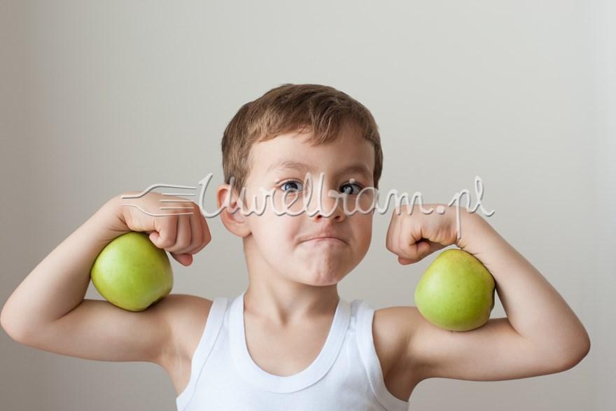 Strzeż się! 10 błędów w żywieniu dzieci